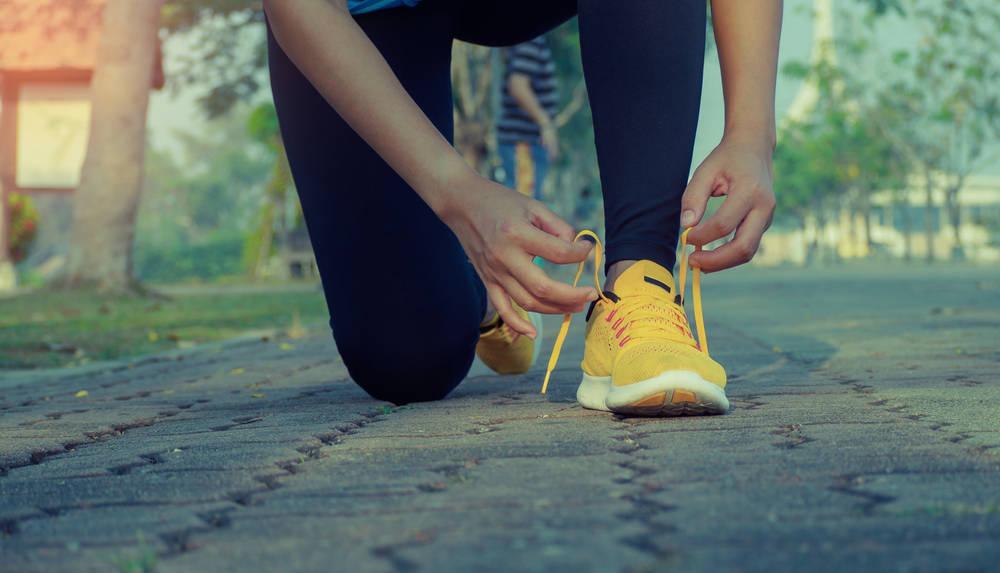 Cuáles son las diferencias entre las zapatillas deportivas y zapatillas de vestir