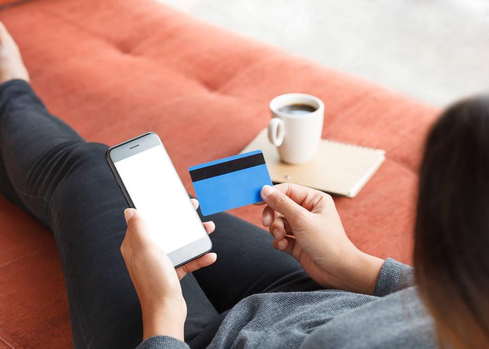 Beneficios y desventajas de comprar sin salir de casa