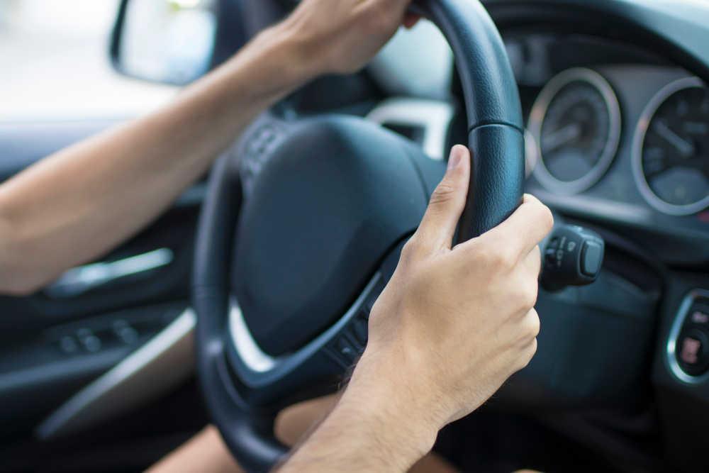 Coches sin carnet: Qué necesito para conducirlo